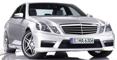 Présentation de la <b>Mercedes-Benz E 63 AMG Estate</b> de 2010.