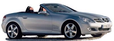 Présentation de la <b>Mercedes-Benz SLK</b> de 2004. Celle qui a remis au goût du jour le concept du coupé-cabriolet à toît rigide.